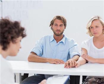 深圳婚姻咨询所-恋爱女人易出现的心理?这4种特殊心理最易出现