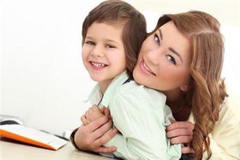 父母怎样与孩子进行有效的沟通